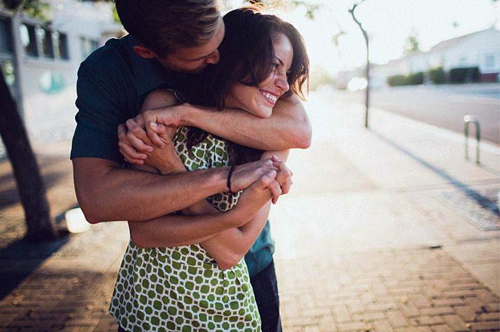 Сонник муж обнимает другую женщину