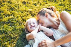 Как правильно общаться с ребенком: 10 приемов